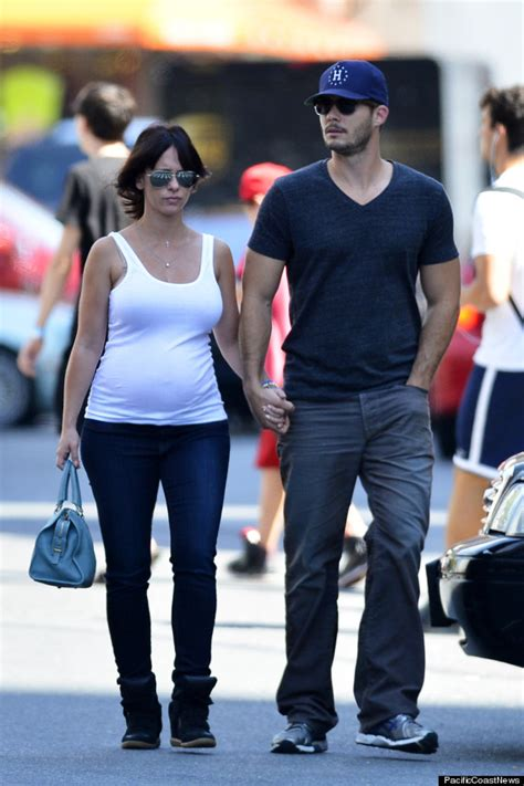 Pregnant Jennifer Love Hewitt Goes For A Stroll In NYC