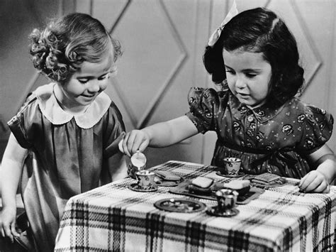 Childhood Traditions That Deserve A Comeback - Southern Living